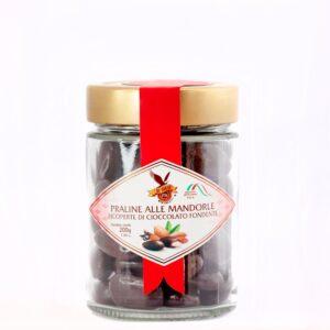 praline-alle-mandorle-ricoperte-di-cioccolato-fondente